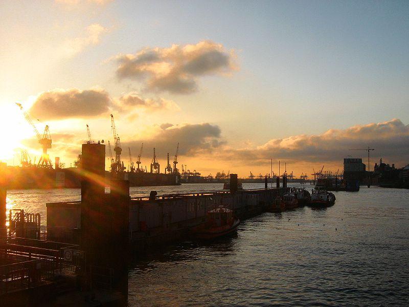 Der Hafen ist Hamburgs größte Sehenswürdigkeit