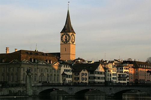 Die St. Peter Kirche in Zürich