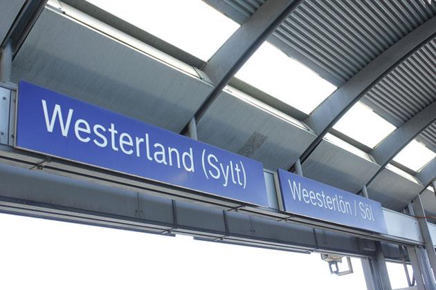 Schilder Bahnhof Westerland