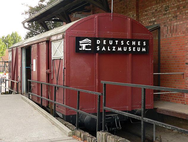 Das Deutsche Salzmuseum erläutert die Geschichte des Salzes