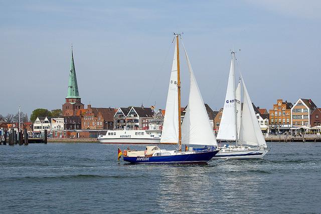 Travemünde liegt an der Lübecker Bucht und ist eines der schönsten Seebäder Europas