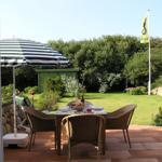 """Ferienhaus """"Beautyful Garden"""" in toller Strandlage - Wenningstedt"""