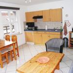 Wohnzimmer mit Schloßblick und Einbauküche