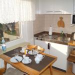 Gemütlicher Essplatz in der kleinen Küche