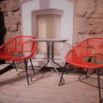 Gemütlicher Sitzplatz auf der Terrasse