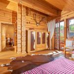 urgemütliche Schlafgalerie mit zwei Einzelbetten, welche Sie bei Bedarf auch gerne zusammen schieben können...
