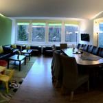 1.Etg_riesiger Wohn-/Seminarraum/Eßzimmer mit Wintergartenzugang