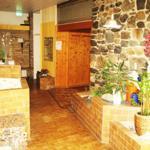 Sicht auf den Eingang der Bio - Sauna, aus dem Ruhe und Freigangbereich!