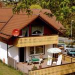 Blick auf Terrasse Fuchsbau und Balkon Schwalbennest
