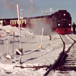 Die Brockenbahn, hier Ausfahrt Bahnhof Brocken 1123m NHN, höchstgelegener Bahnhof Deutschlands.
