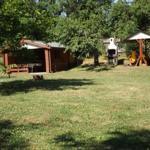 Terassenhaus mit Grillplatz im großen Garten