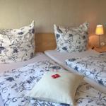 Schlafzimmer mit Panoramablick (Bettwäsche ist inklusiv)