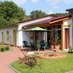 Innen-Garten mit Terrassen & Sitzecken