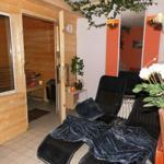 Sauna mit Ruheraum,Schwalldusche + WC