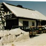 Winterzauber vor dem Haus Heidi