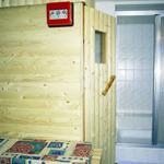 Die Sauna mit Dusche