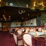 Retaurant des Hotels, Halbpension möglich (22,00 €), oder abends Buffet für 13,50 €, Frühstücksbuffet 8,50 €