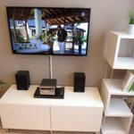Wohnzimmer mit 40 Zoll Flatscreen TV, Hifi-Anlage mit DVD-u. Blu-ray-Disc-Player, WLAN kostenlos