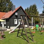 ein Spielplatz am Ferienhaus