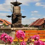 ausruhen am Dorfbrunnen...