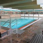 Schwimmbad 20 x 10 m mit angrenzender Sauna