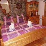 zweite Ebene: Schlafzimmer Doppelbett + Einzelbett