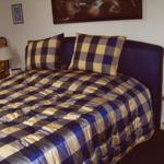 Bett in Seniorenhöhe 2 Betten pro 0,90 = 1,80 m x 2,00 m lang