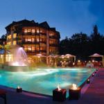 ganzjährig beheizter Außenpool im SPA & Wellness Resort Romantischer Winkel