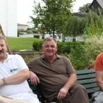 Die drei Erbauer 2,5 Jahre Arbeit liegen hinter uns, glücklich aber doch froh das endlich erst mal Pause ist.