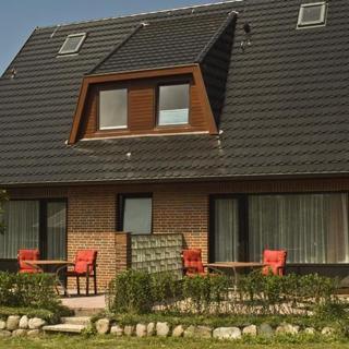 Gästehaus Stroezel Whg. 4 - Wenningstedt