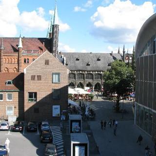 Rathausmarkt 2 - Lübeck