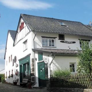 Eifel - Burgscheune Whg. 1 - Kronenburg