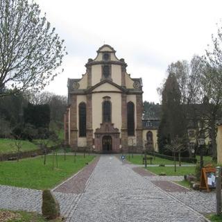 Geräumiges Ferienhaus für Wanderer, Hundefreunde und Biker zu Füssen der Abtei Himmerod - Grosslittgen