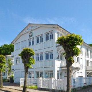 Villa Hansa - PH No. 7 mit 2 SZ und 40 qm Dachterrasse-DSL inkl. - Binz