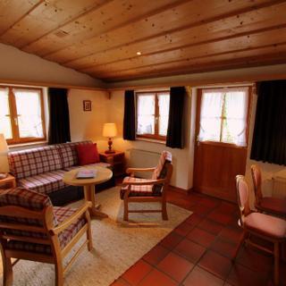 Pension Gatterhof - Zweiraumferienwohnung Nr. 8 mit Balkon - Riezlern