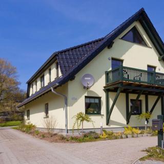Haus am Wasser, FEWO Wasserblick - Middelhagen