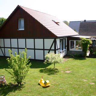 Landhaus Urlaubsruh, Wohnung 2 EG - Schaprode