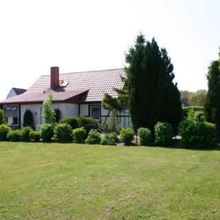 Landhaus Urlaubsruh, Wohnung 1 EG-OG - Schaprode