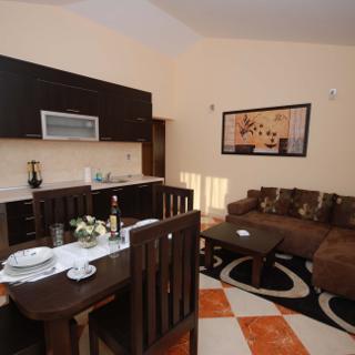 Apartman 4+2 - Okrug Gornji