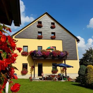"""Ferienwohnung """"Am Schlössel"""" für 2-4 Personen in Oberwiesenthal - Oberwiesenthal"""