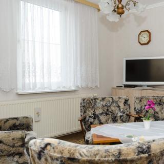 Preisgünstige Ferienwohnung in Bergen auf Rügen in zentraler ruhiger Lage - Bergen