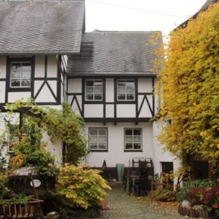 Haus am Pütz- Ferienhaus - Wintrich