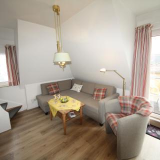 Schöne Ferienwohnung Nr. 12 mit Südbalkon - Westerland