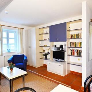 2 Zimmer FeWo mit Grünblick in Strandnähe am Bakenberg D57 - Dranske