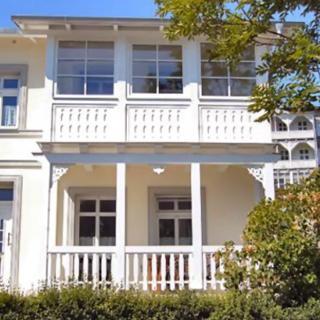 Villa Rosengarten - Ferienwohnung Terra - Sassnitz