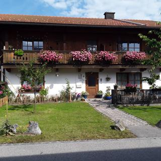 Ferienwohnung Wieser Wohnung 2 - Ruhpolding