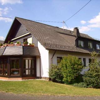 Ferienwohnung Ingrid Alfes, Whng.1 - Lennestadt