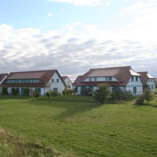 Charmante FeWo mit Terrasse in einer Ferienanlage D56 - Dranske