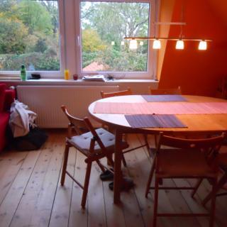 Schöne Dachgeschoss-Wohnung im Fachwerkhaus mit Blick zum Innenhof, Sonnenwind 4 - Burg Fehmarn
