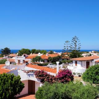 Herrlicher Sandsttrand nur 300 Meter entfernt! Sa Fiorida - Alice mit Terrasse und großem Garten - Valledoria